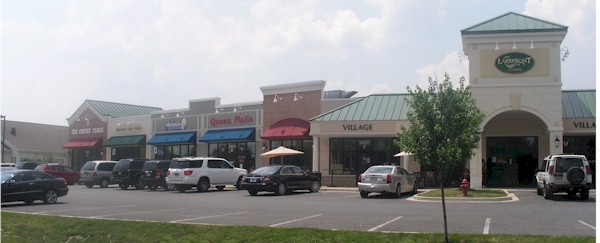Whittier Lakefront Retail Suites for Lease